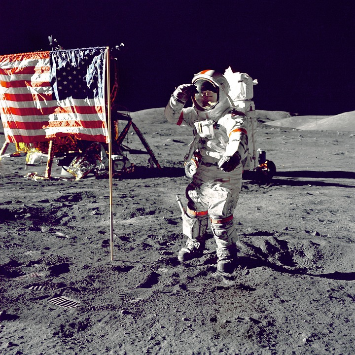 astronaut-1082335_960_720.jpg