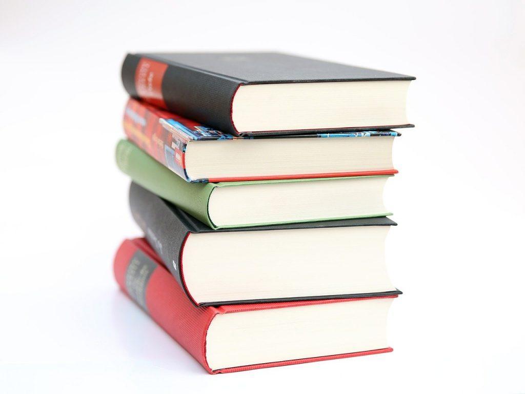 books-441866_1280-1024x768.jpg